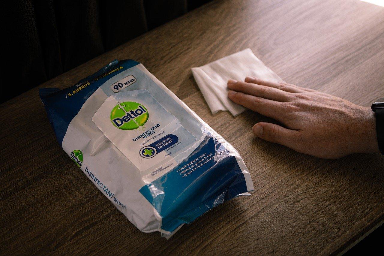 Jakie produkty przydadzą się do sprzątania domu? Cyprys mleczko do mebli